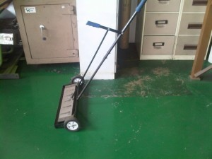 Magnetic Sweeper (Large)